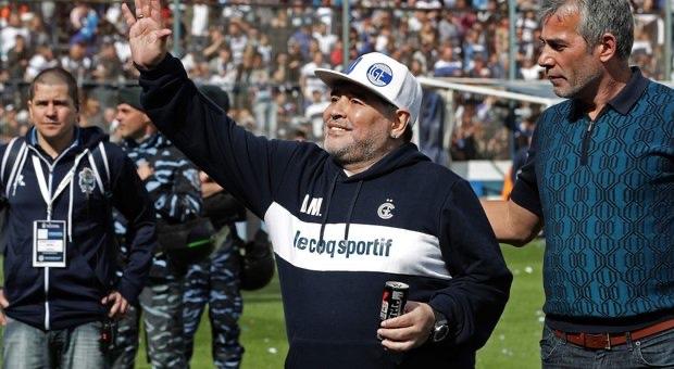 'Maradona continua con noi e vedremo se si giocherà o no'