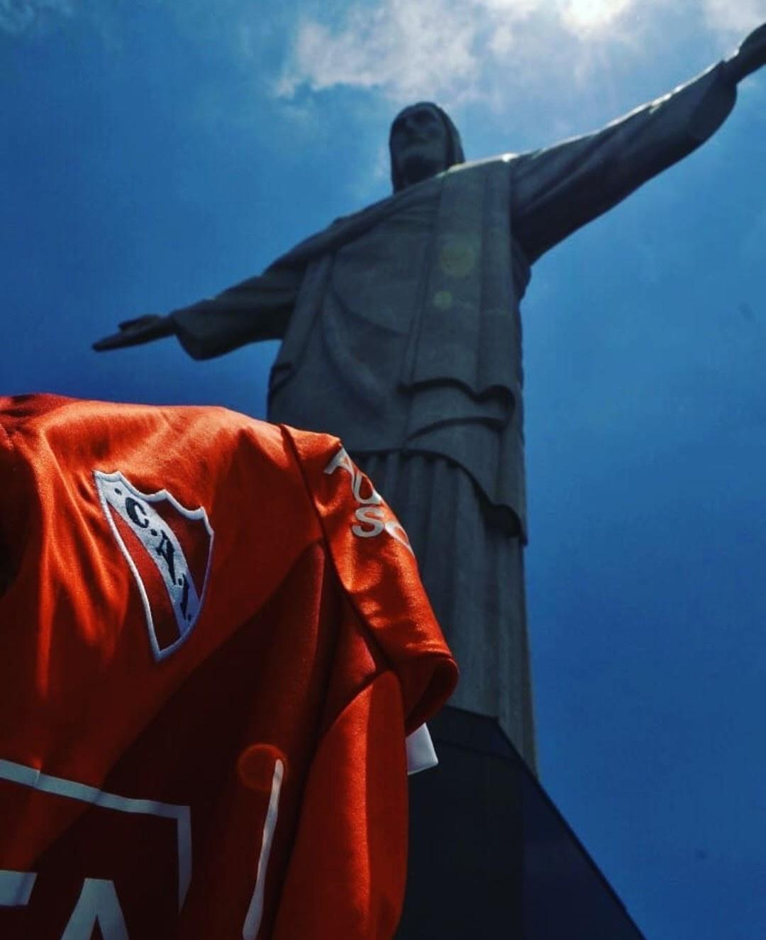 Independiente – SPROFONDO ROSSO